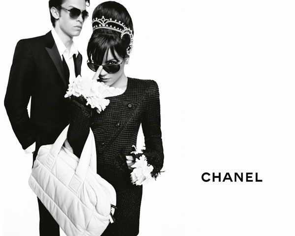 chanel-coco-cocoon-lily-allen-advertising-campaign-by-karl-lagerfeld-03
